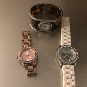 Jewelry - Fashion watch bundle